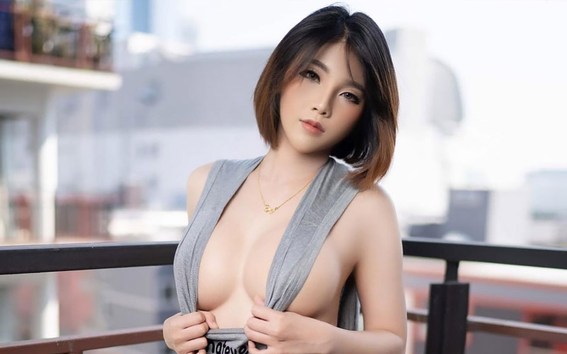beautiful japanese woman